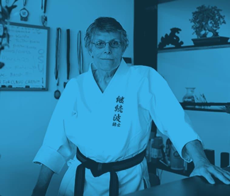 lesbian-wearing-karate-gi-379x3242x